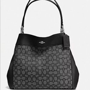 NWT COACH Small Lexy Bag